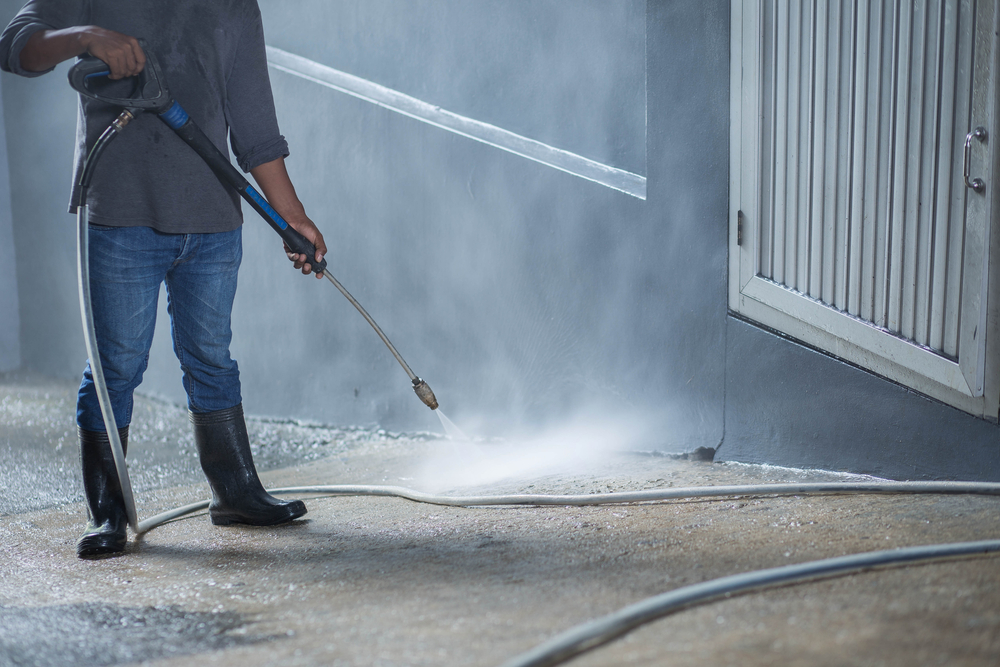 Post Winter Commercial Clean Up - Zanjani Cleaning Service - Expert Calgary Cleaners