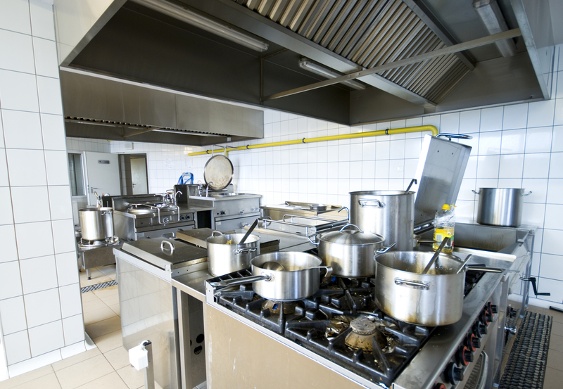 Tips For Keeping Your Commercial Kitchen Clean - Zanjani Cleaning - Professional Cleaners Calgary