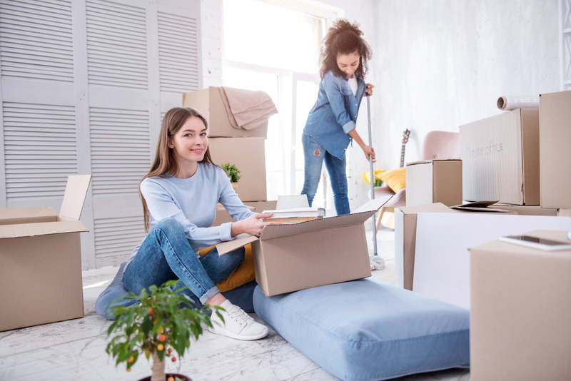 Moving In or Out? Why You Should Hire Our Cleaning Team - Zanjani Cleaning Service - Commercial Cleaning Company - Featured Image